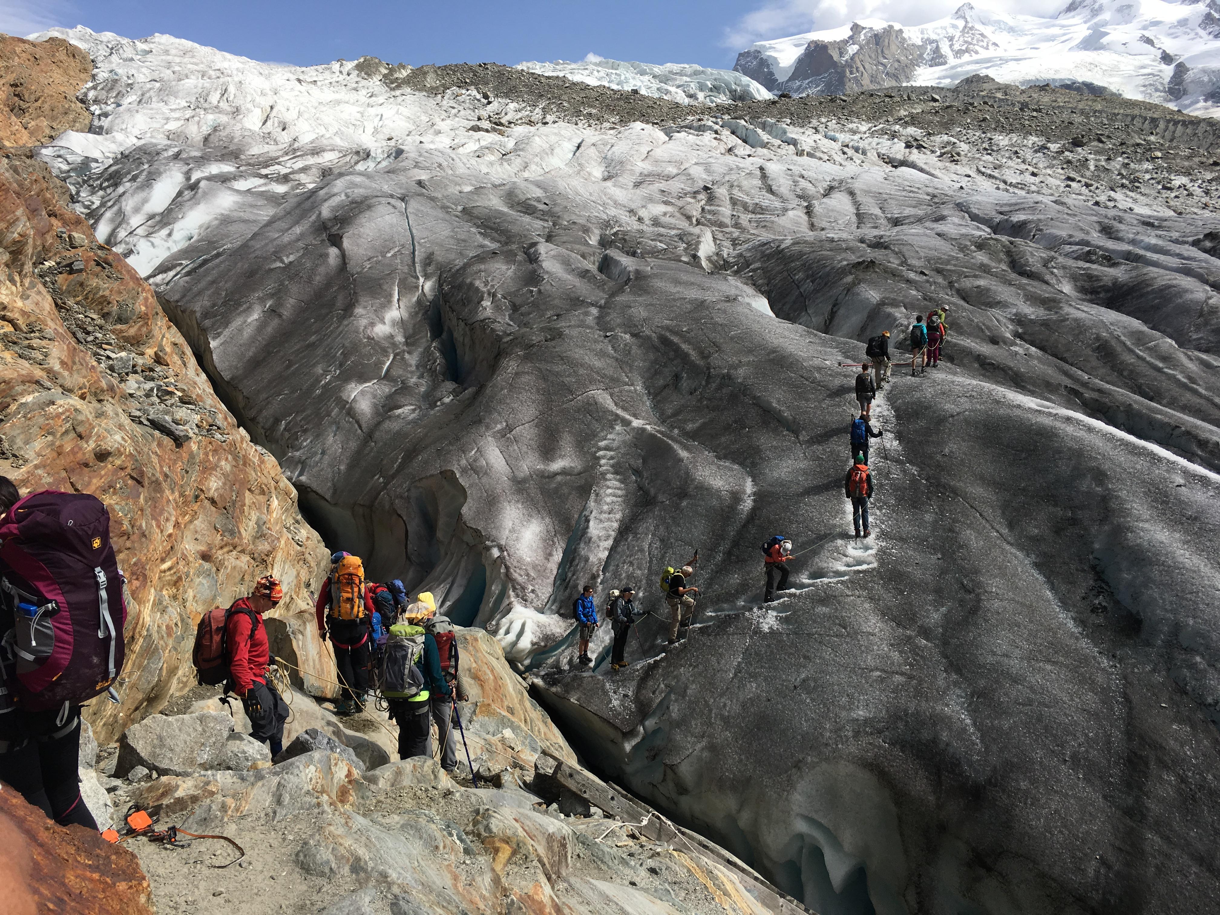 Die ersten Schritte auf den Gletscher